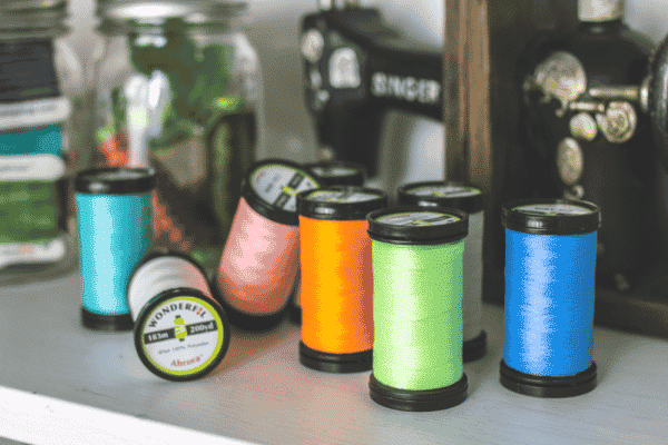 Add a totally new dimension to any project with Ahrora's 8 glow in the dark thread colours.